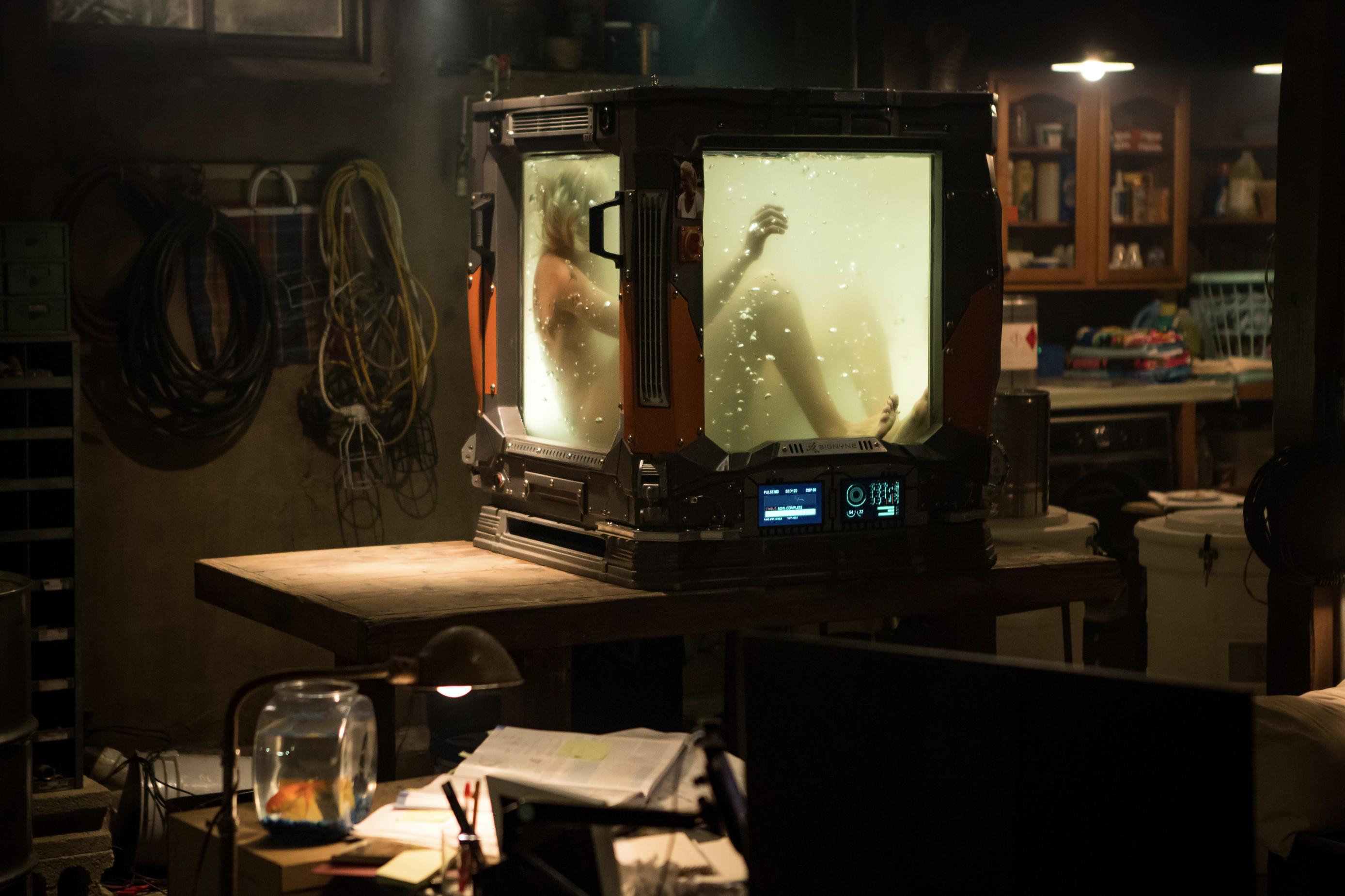Keanu Reeves in REPLICAS on Digital Download 22 April & Blu-ray/DVD 29 April from Lionsgate UK