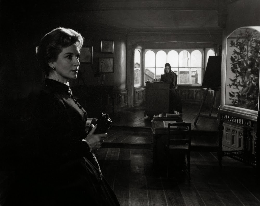 Ghostly Imaginings: Sexual Repression and Reliable Narratives in Jack Clayton's The Innocents (1961) and Herk Harvey's Carnival of Souls (1962)